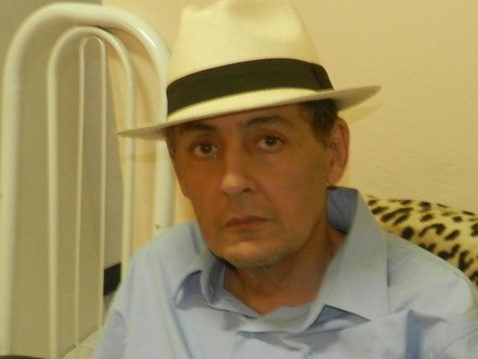 Cláudio Souza. Soropositivo desde 1994.