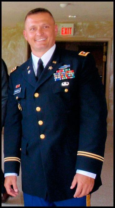Submetido à corte marcial no exército americano por suposta transmissão do HIV