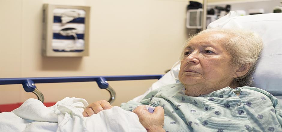 mulher-com-idade-avancada-e-portadora-de-sindromes-geriatricas-relativas-aa-infeccao-por-hiv