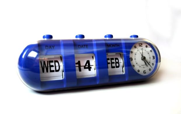 tube-flip-calendar-clock-1418548 (1)